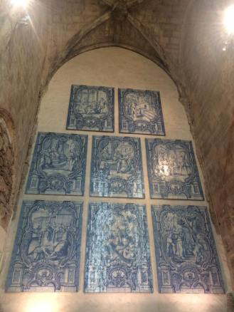 carmo-convent-mosaic-tiles