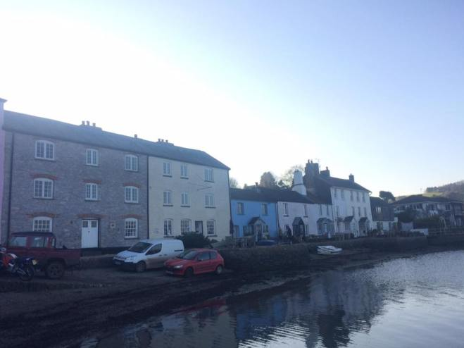 Picture 2 - Cottages quayside