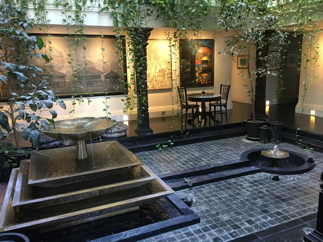 Makkachiva lobby.JPG