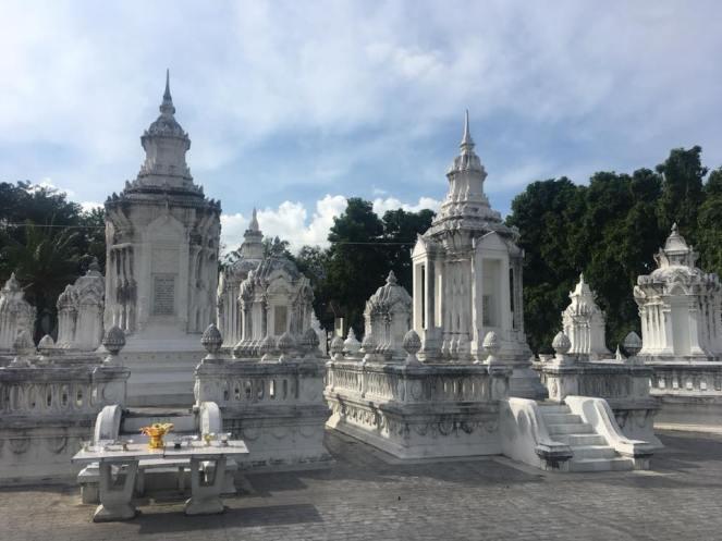 Temple - Wat Suan Dok